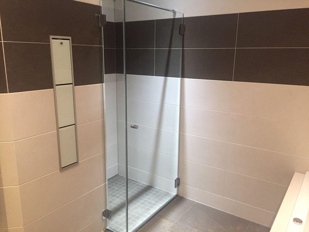 Glasplaat Douche Plaatsen : Douchecabines sanitair tegelcentrum soesterberg amersfoort