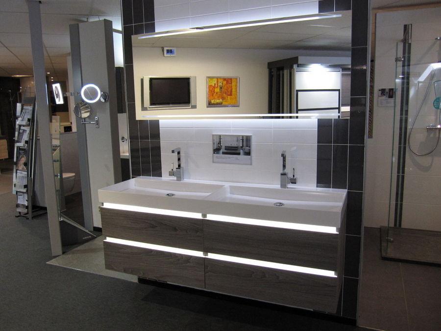 BADKAMERMEUBELS Sanitair & Tegelcentrum Soesterberg Amersfoort ...