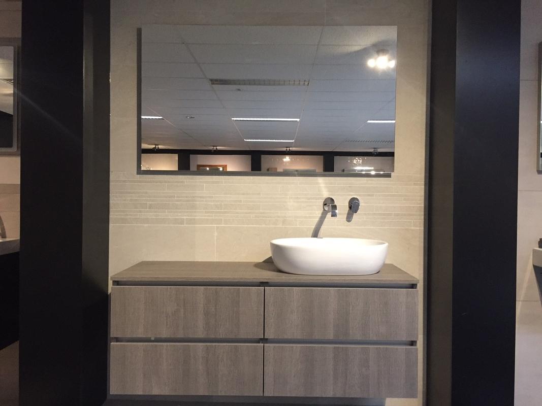 Badkamermeubel Met Kom : Badkamermeubel montreal xl cm complete set licht eiken badplaats